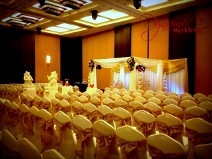 Dynamic-Weddings-Floral-Mandap