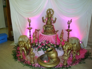 Golden-Ganesh-Foyer