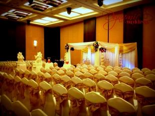 Dynamic-Weddings-Floral-Mandap