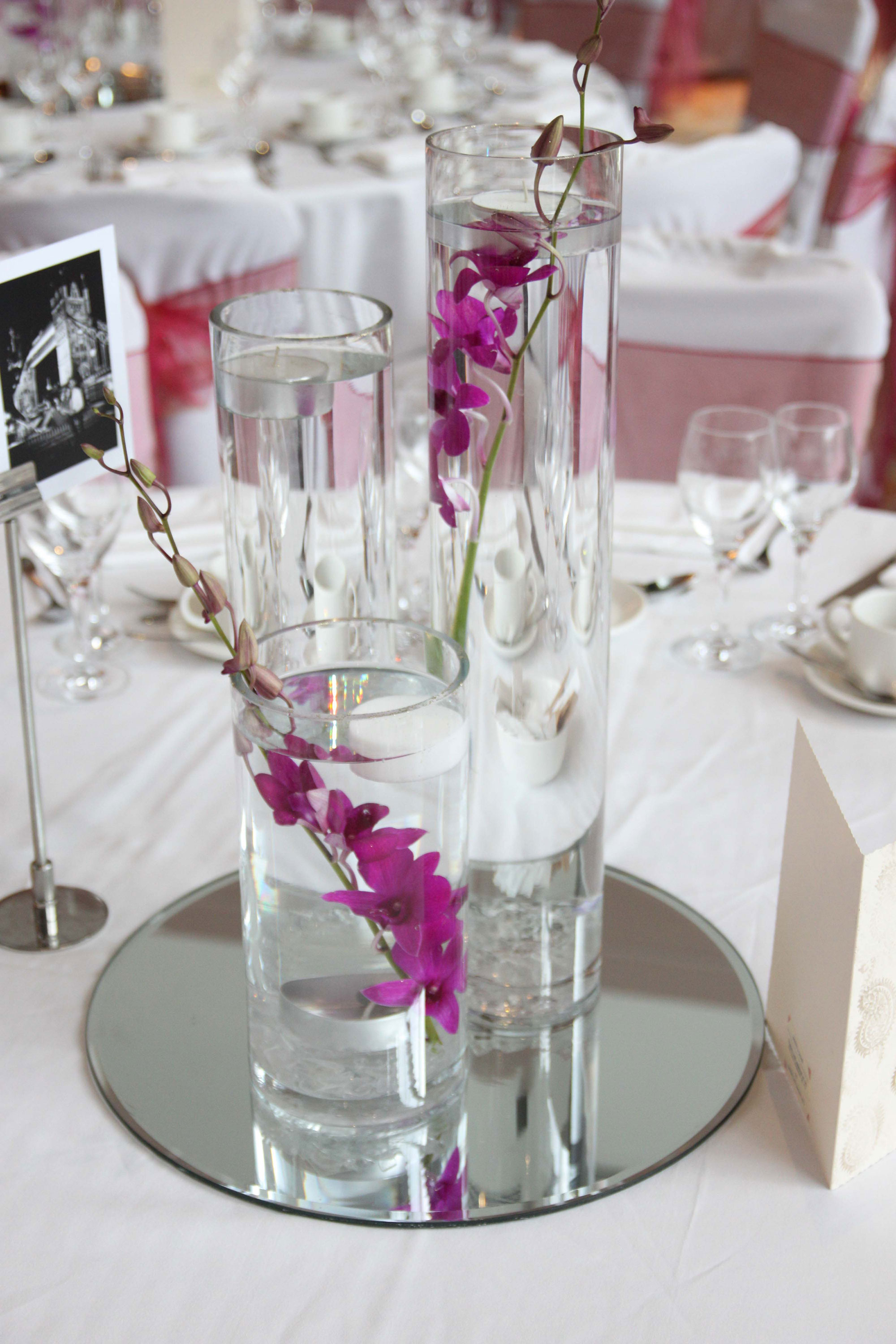 3-vases-£60-per-table